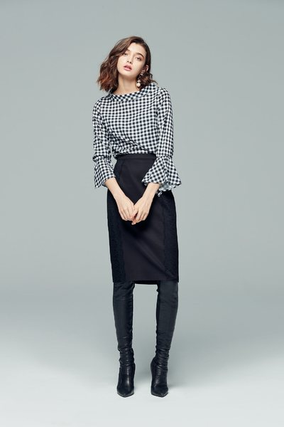 Vintage plaid classic  long  flare sleeve top