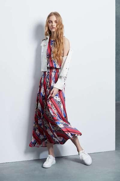 Elegant totem dress