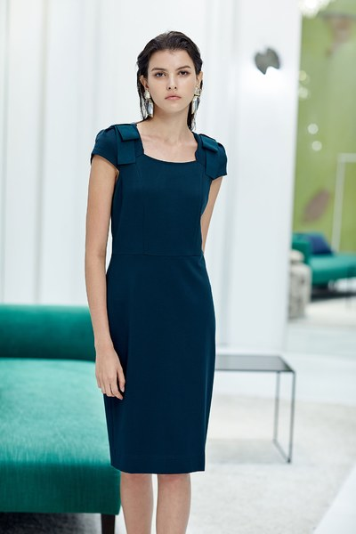 Graceful chic knot bow dress
