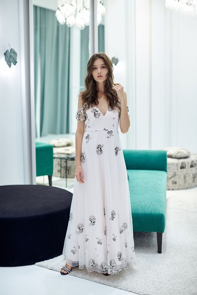 Romantic floral embroidery chiffon dress