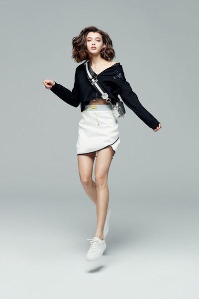 iROO x Flower in Vogue hooded jacket