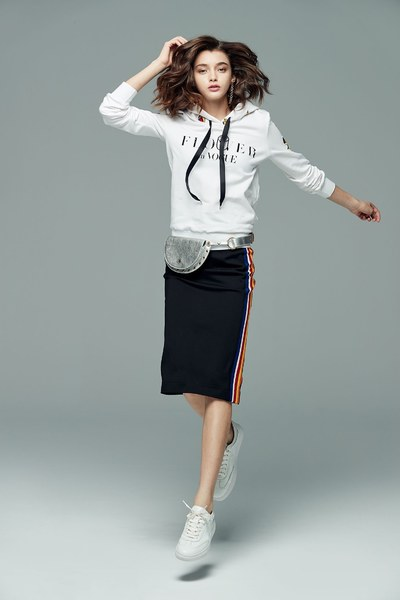 iROO x Flower in Vogue  Floral Embroidered Hoodie Hooded Sweatshirt